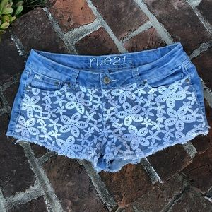 Rue 21 denim and lace shorts size 11/12
